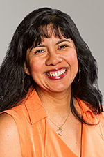 A headshot of Spanish instructor Mónica María Spillane