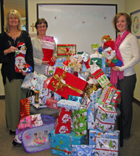 MACP staff and students participate in NVCSS Adopt-A-Family during the Christmas season